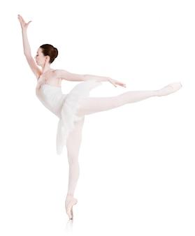 Ballerina sprawia, że pozycja baletu jest izolowana