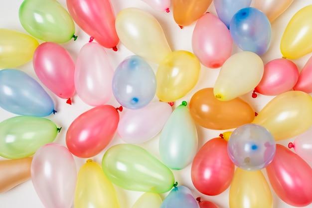 Balony urodziny kolorowe tło