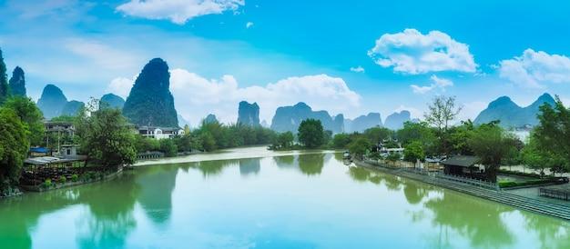 Bambus rano azjatyckie krajobrazy krajobrazów zielonych
