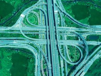 Bangkok Expressway Rano ruch nie jest zatłoczony.
