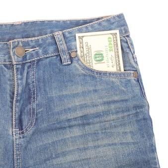 Banknoty 100 dolarów w kieszeniach dżinsów, koncepcja czarnego piątku