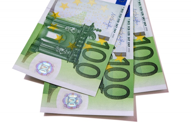 Banknoty 100 euro