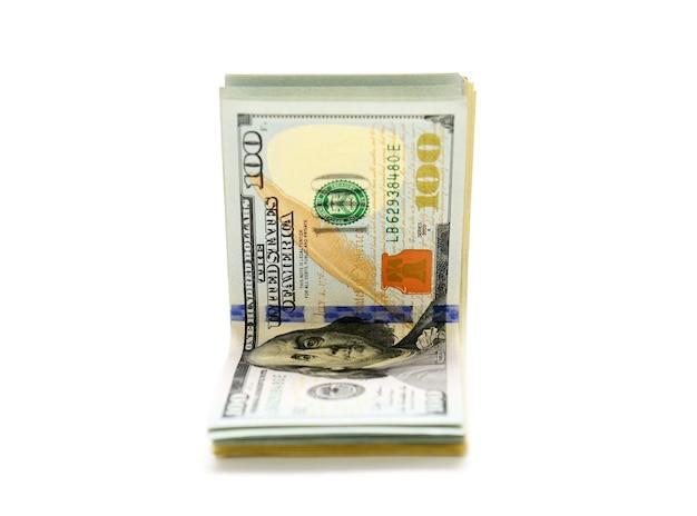 Banknoty dolarów na białym tle
