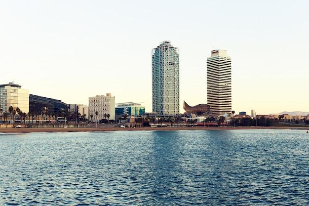 Barcelina widok na miasto z morza