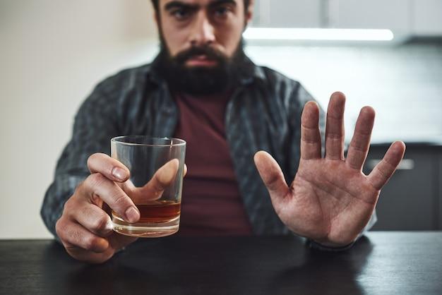 Bardziej boję się alkoholu niż wszystkich kul uzależnionych od wroga