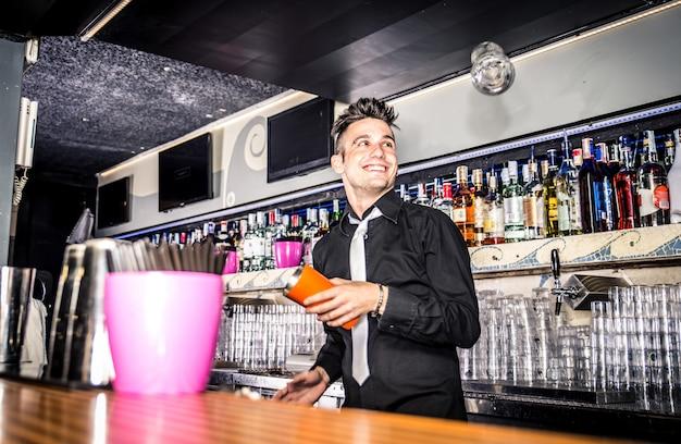Barman flair w akcji