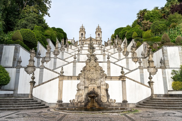 Barokowe schody sanktuarium bom jesus do monte w bradze portugalia