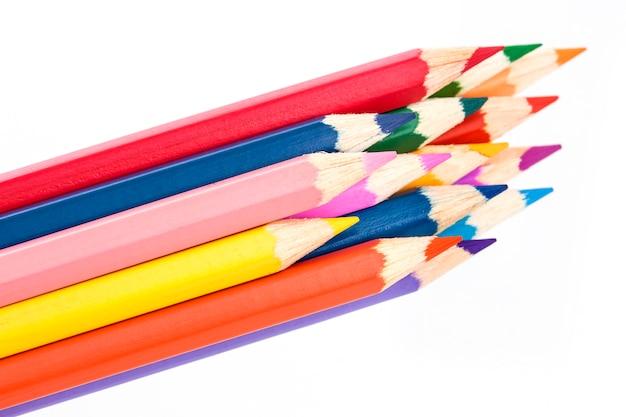 Barwiony ołówka zakończenie na biel powierzchni