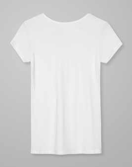 Basic biała koszulka damska widok z tyłu