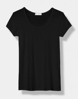 Basic czarna koszulka z dekoltem w szpic, widok z przodu odzieży damskiej