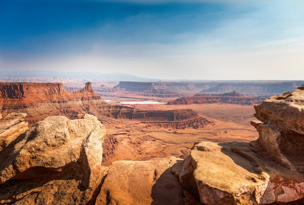 Basin overlook w parku stanowym dead horse point, moab utah