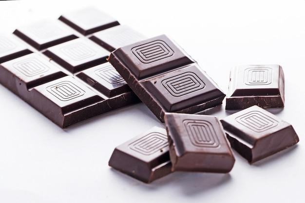 Baton z ciemnej czekolady