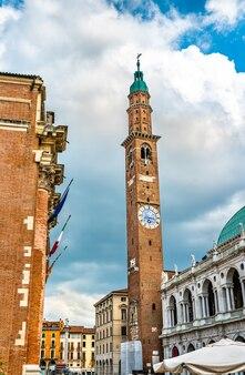 Bazylika palladiana i torre bissara w vicenza we włoszech