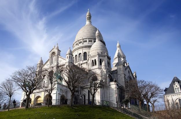 Bazylika sacre-coeur, montmartre. paryż.