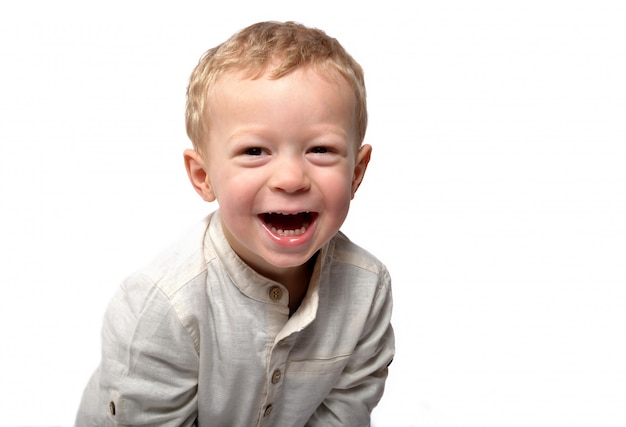 Bebe uśmiecha się