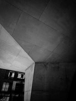 Betonowy filar budynku