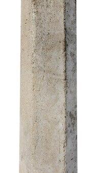 Betonowy filar na białym tle