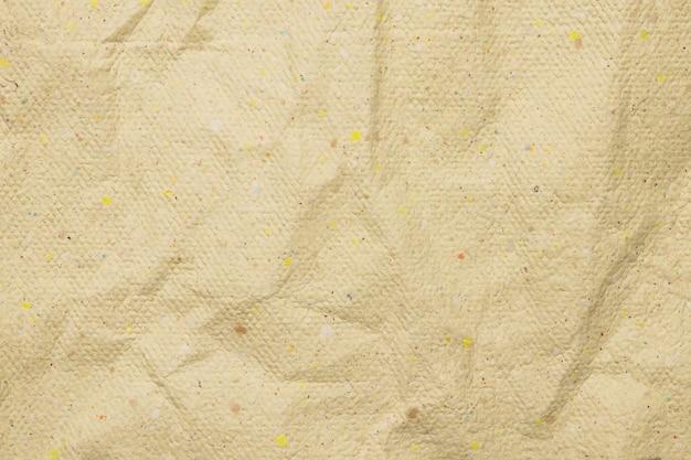 Beżowy poziomy pomarszczony papier