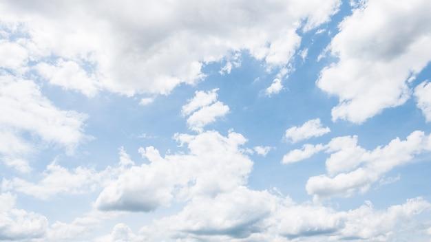 Biała chmura