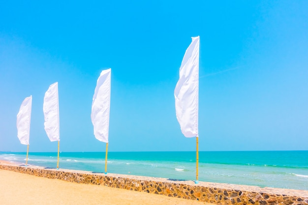 Biała flaga