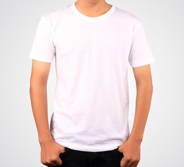 Biała koszula szablon