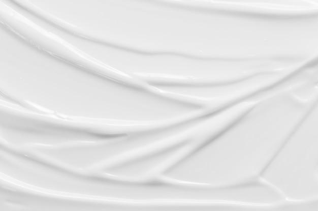 Biała kremowa konsystencja