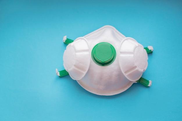 Biała maska oddechowa chroniąca przed wirusami