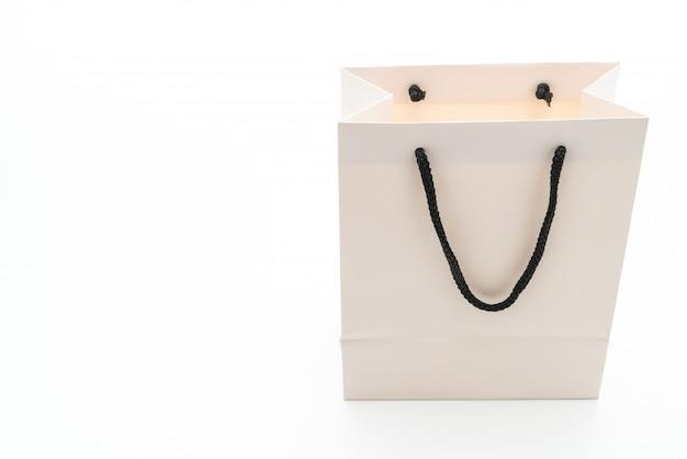Biała papierowa torba na białym tle