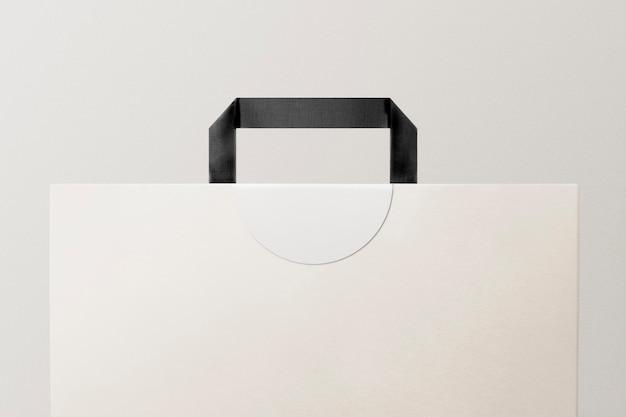 Biała papierowa torba na zakupy