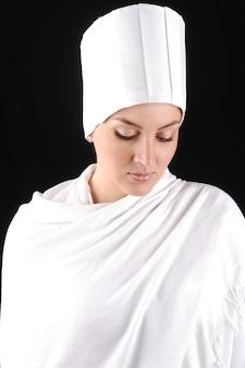 Biała piękna kobieta