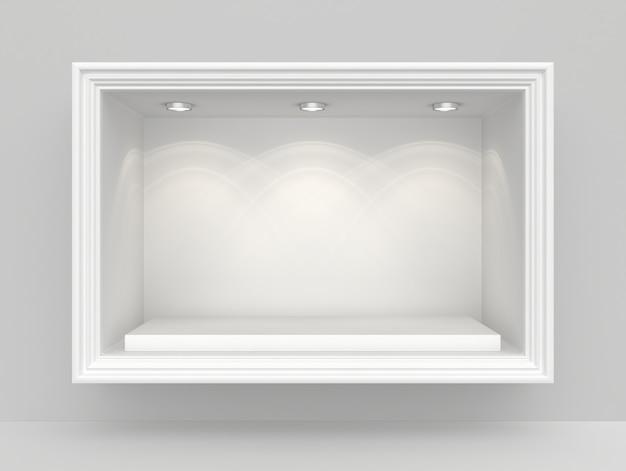 Biała ściana z niszą i pustym cokołem na wystawę