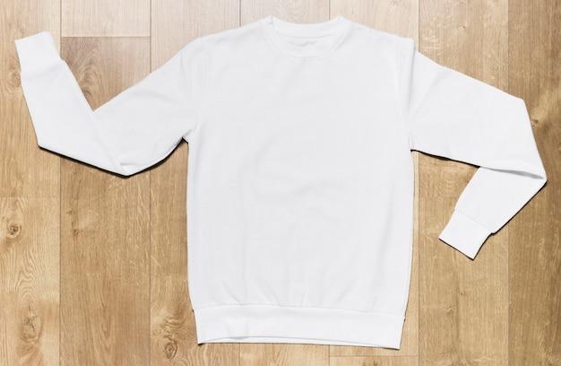 Biała, swobodna bluza z kapturem