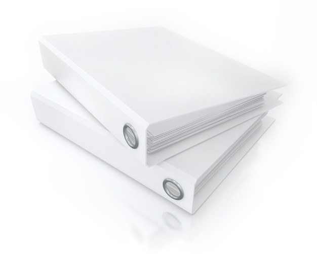 Białe foldery biurowe na białym tle