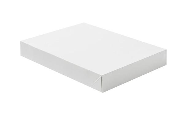 Białe kartonowe pudełko papierowe na makiety do projektowania produktów na białym tle