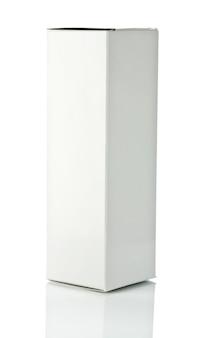 Białe pudełko papierowe bkank