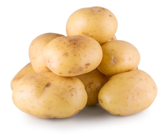 Białe ziemniaki na białej ścianie