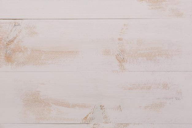 Biały czysty stół z drewna