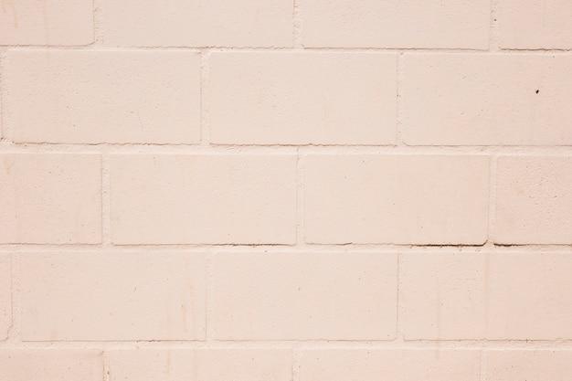 Biały mur z cegły