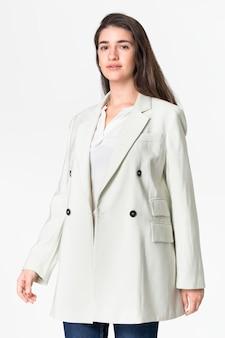 Biały płaszcz damski odzież wierzchnia moda codzienna