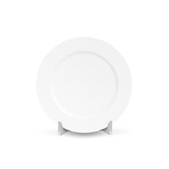 Biały pusty talerz makiety uchwyt na białym tle