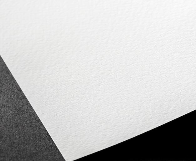Biały teksturowany materiał pod wysokim kątem