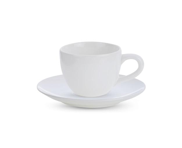 Biały zestaw ceramiczny kubek na białym tle.