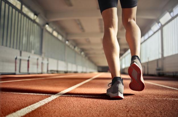 Biegacz na treningu