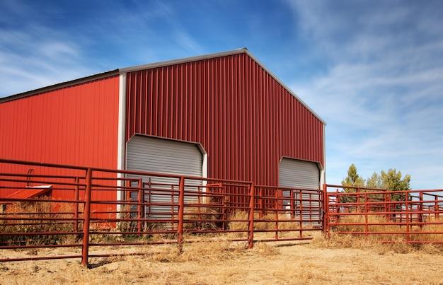 Big red barn w kolorado