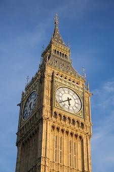 Bigben i izba parlamentu w londynie anglia, wielka brytania