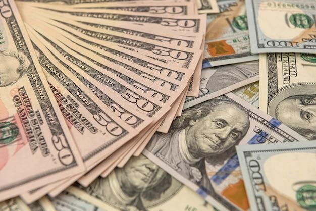 Biils w dolarach amerykańskich za projekt koncepcji finansowej