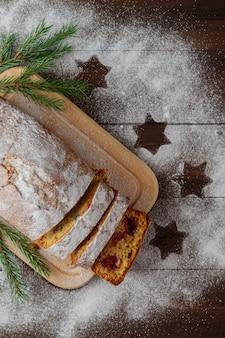 Biszkopt I świąteczne Postacie Na Nowy Rok Premium Zdjęcia