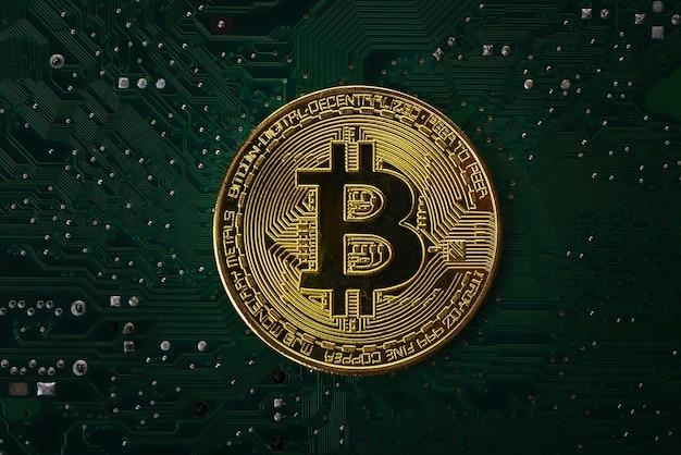 Bitcoin na płycie głównej komputera