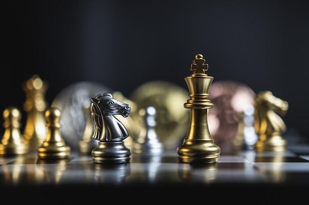 Bitcoinowa strategia biznesowa i szachowe gry planszowe