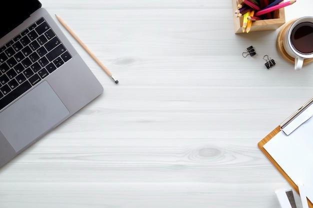 Biurowy drewniany biurko laptop, akcesorium biurowe